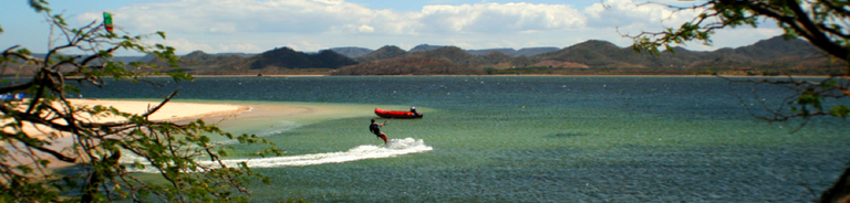 The most preferred kite surfing and boarding school on the Pacific Ocean of Costa Rica
